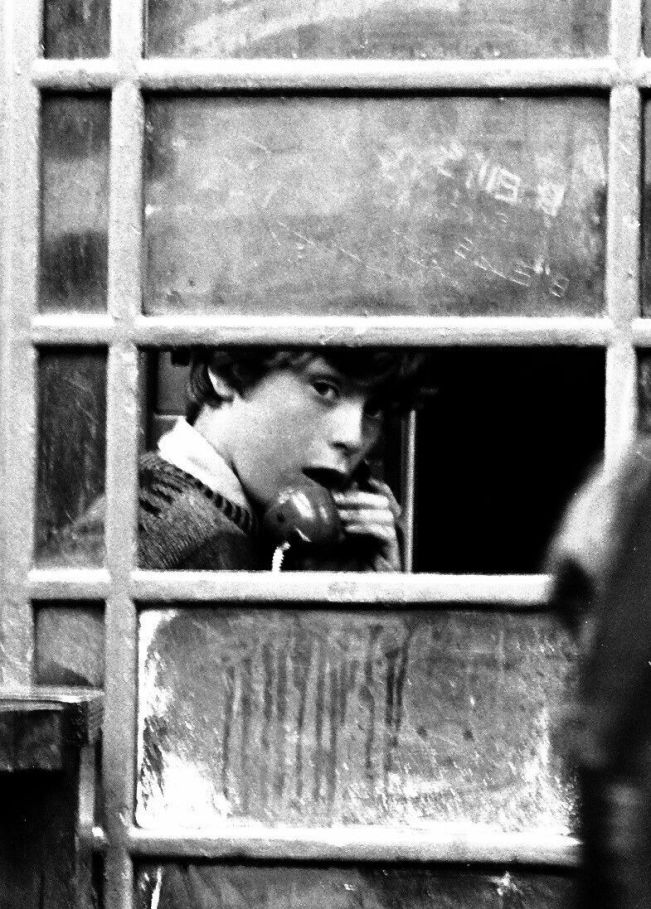 thumbnail_Boy in Telephone Box Brick lane 1970s_preview_preview